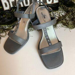 Fioni // Gray Heels with Rhinestones Size 7.5